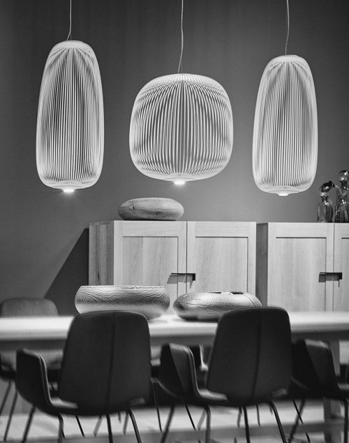 Foscarini Spokes 1 white (at the left and right)