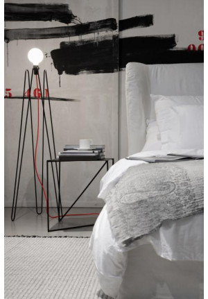 Grupa Model 2 black, cable colour red