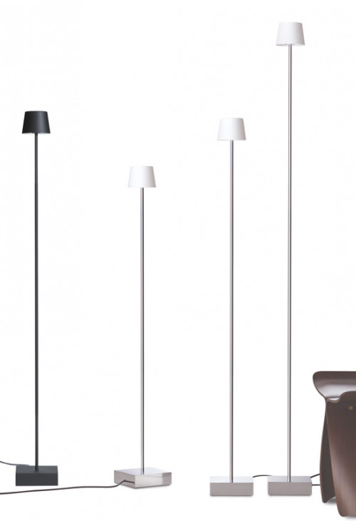 Anta Cut floor lamp aluminum (the 3 lamps right)
