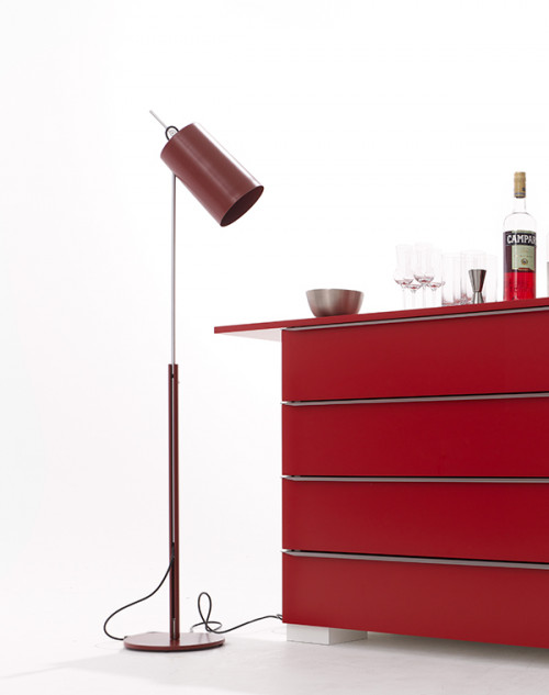 Anta Tuba oxide red lacquered